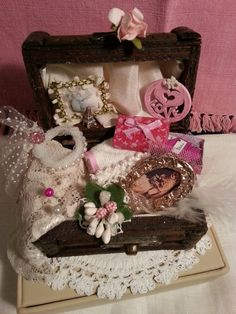 Trunk  Memories of a Bride dollhuose scale by LaboratoriodiManu