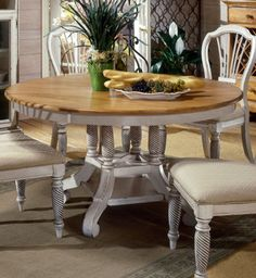 Wilshire Round/Oval Pedestal Dining Table