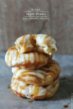 Baked Apple and Caramel Donuts | Morning donuts baked to perfection