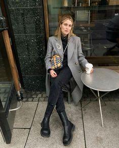 Birkenstock, Zara, Minimal Outfit, Prepping, Blazer, Formal, Winter, Womens Fashion, Outfits