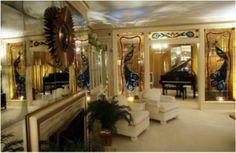 La habitación del hermano gemelo de Elvis  http://www.culturamas.es/ocio/2012/03/12/la-habitacion-del-hermano-gemelo-de-elvis/?ref=nf