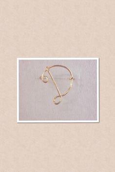 """anillo letra """"D"""" $40"""