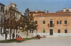 venice Verona, Venice, Mansions, House Styles, Home, Manor Houses, Venice Italy, Villas, Ad Home