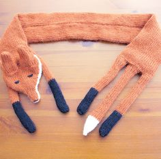 SINCERELY LOUISE: WHAT I'VE BEEN KNITTING: FOX STOLE