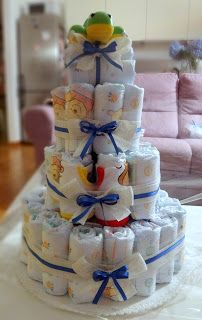 Colorato Di Pink: Bebè in arrivo - Torte di pannolini DIAPER CAKE