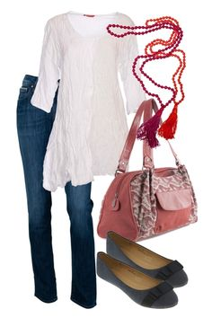 Denim-off-duty-jeans-flats-bag-white-top-outfit_brand_image