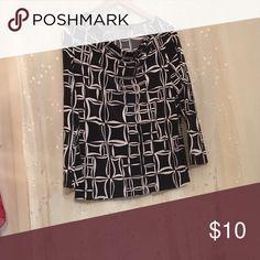 Jones wear medium black and cream Geometric shapes 3/4 sleeve stretchy soft worn once Tops