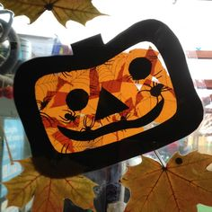 kids halloween crafts | stainglass pumpkin | Crafts for Kids-Halloween