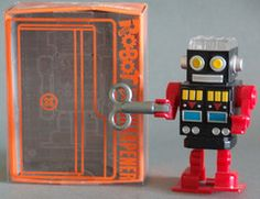 Wind Up Robot Pencil Holder and Sharpener!