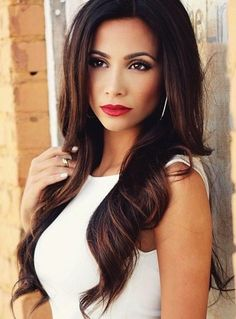 15 Sexy Hairstyles for Long & Medium Hair - Sexy Loose Waves for Brunette Hair #Hairstyles