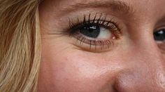 Ρυτίδες στα μάτια τέλος - 24 τρόποι για να τις σβήσετε σήμερα! Tips Belleza, Shampoo, Fill, Plastic, Memes, Chicken Skin, Bikini Tan Lines, Coming Of Age, Spots On Face