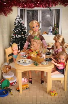 Mariel Clayton - Family Feast, art, photography, Barbie, Ken, toys, macabre, morbid, murder