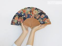 Ladies hand fan with case  Japanese garden by Olele on Etsy, €37.00