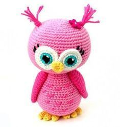Free Crochet Pattern: Pink Owl Amigurumi Doll : This crochet pattern for a pink amigurumi owl is absolutely free! This cute owl make the perfect gift for that little girl or boy and is completely ready for snuggles! Crochet Animal Amigurumi, Crochet Owls, Crochet Gratis, Cute Crochet, Amigurumi Doll, Crochet Butterfly, Crochet Bird Patterns, Owl Patterns, Amigurumi Patterns