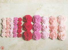 Roses - I made these for my wedding then hardly used any of them. #crochet #crochetroses #handmade #crochetersofinstagram #instacrochet #diy #ilovecrochet #makeityourself #yarnlove #fibreart #crochetpattern by jam_made