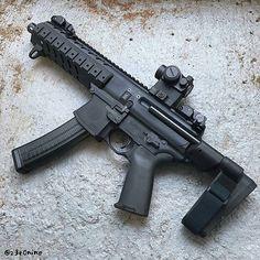 Via @z3r0nine -  #z3r0nine ::: EPIC DAY got even BETTER!!! ::: @sb.tactical MPX PSB  follow @gunfreaks#weaponsreloaded #RVLVR #defendthesecond #guns #gunfreaks #gun #firearms