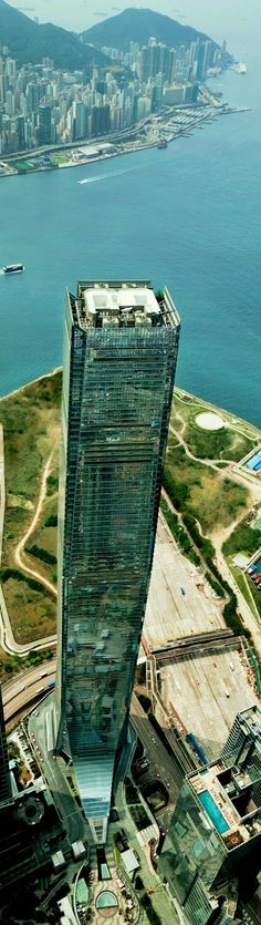International Commerce Centre in Hong Kong Guide to moving to Hong Kong