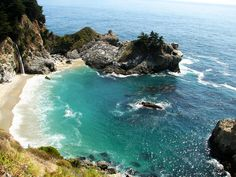 5 Weekend Road Trips on the West Coast #theeverygirl