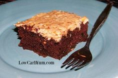 Gluten Free German Chocolate Cake with Zucchini-A delicious low carb gluten free German chocolate cake. This paleo friendly coconut flour based zucchini chocolate cake is super moist and flavorful. Low Carb Chocolate Cake, German Chocolate, Chocolate Recipes, Low Carb Sweets, Low Carb Desserts, Healthy Desserts, Healthy Baking, Cake Recipes, Dessert Recipes