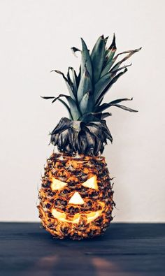 30 Whimsy And Bold Tropical Halloween Ideas