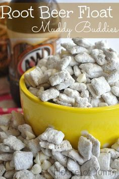 Muddy buddies that taste like a refreshing root beer float. Muddy buddies, or puppy chow, whatever you prefer to call these bites of yum, are a dangerous, dangerous snack. So dangerous that I had to Puppy Chow Recipes, Snack Mix Recipes, Beer Recipes, Dessert Recipes, Snack Mixes, Recipies, Cookie Mixes, Picnic Recipes, Picnic Ideas
