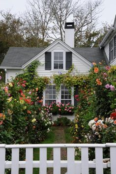 HGTV Gardens features the iconic gardens and nature views on Martha's Vineyard.