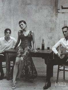Laura Ponte featured in Escuela Flamenca, December 1998