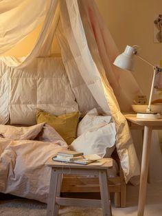 SMÅSPORRE Couette Matching Bedding And Curtains, White Bedding, Linen Bedding, Duvet, Bed Linens, Bedroom Wardrobe, Home Bedroom, Furniture Decor, Bedroom Furniture