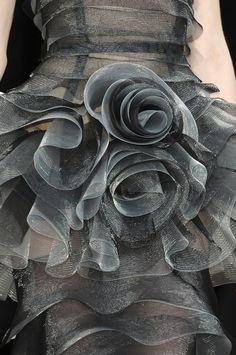 ♕ Dress Details to Die For ♕ Talbot Runhof at Paris Fashion Week Fall 2010 details, grey ruffled rosettes