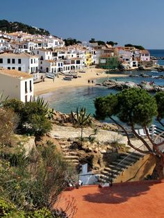 Calella de Palafrugell - Spain (by Jorge Franganillo) Modern Talking, Beach Tumblr, Places To Travel, Places To Visit, Places In Spain, Beach Wallpaper, Spain And Portugal, Alicante, Spain Travel