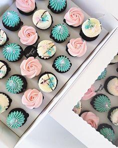 Mini chocolate y Nutella 🍫 - ♥ Cupcakes ♥ - Cupcake Cake Designs, Cupcakes Design, Fancy Cupcakes, Frost Cupcakes, Buttercream Cupcakes, Cupcake Frosting Recipes, Nutella Cupcakes, Cupcake Cookies, Chocolate Cupcakes
