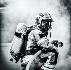 Firefighter Apparel, Firefighter Training, Firefighter Paramedic, Firefighter Quotes, Volunteer Firefighter, Firefighter Pictures, Into The Fire, Skull Wallpaper, Fire Safety