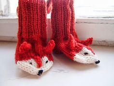 Tanssivat kädet - Dancing hands: Kettusukat - Fox socks