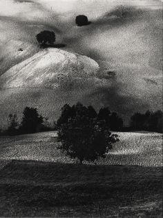 Mario Giacomelli, Paesaggio (1958), Gelatin silver print, 16 × 12 in