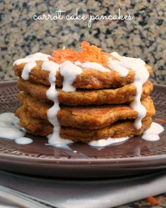 An easy recipe for healthy Carrot Cake Pancakes | alidaskitchen.com