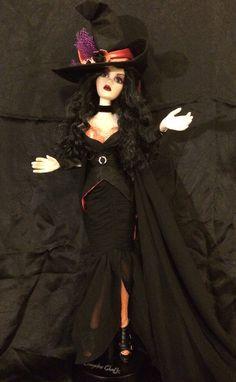 "Black Moon Hattie -- My Witche's Brew Evangeline (18.5"" vinyl and plastic). My picture."