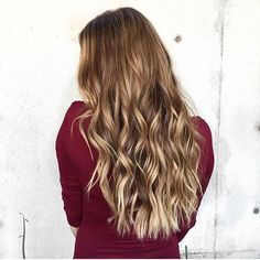 Perfectly Bronded. Color by @thetarahair  #hair #hairenvy #hairstyles #haircolor #bronde #balayage #highlights #newandnow #inspiration #maneinterest