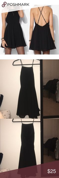 Silence + Noise Urban Outfitters Dress Open back with adjustable cross straps. Great condition silence + noise Dresses Mini