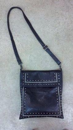 Timeless Black Messenger Bag