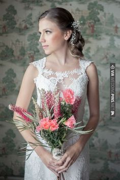 Jane Austen themed wedding ideas / Valeria Duque Fotografia via @Sara Eriksson Burnett's Boards | CHECK OUT MORE IDEAS AT WEDDINGPINS.NET | #weddings #weddingflowers #weddingbouquets #bouquets