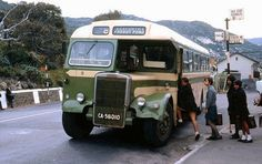The bus to Froggy Pond.memories of an alternative history. (original post - Simonstown 1969 Miss Moss · Bygone Cape Town) Dublin, South Afrika, Le Cap, Bus Stop, Most Beautiful Cities, Historical Pictures, African History, Cape Town, Great Places
