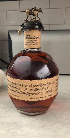 First Blanton's Single Barrel Whiskey Girl, Good Whiskey, Cigars And Whiskey, Scotch Whiskey, Irish Whiskey, Mixed Drinks Alcohol, Drinks Alcohol Recipes, Drink Recipes, Wine And Liquor