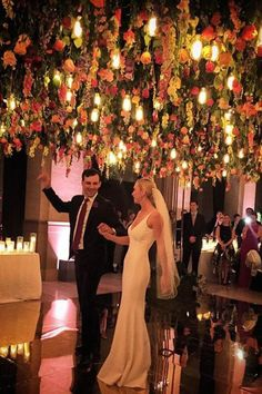 Event planner Shannon Leahy shares a range of impressive ways couples can deck out the ceiling for their event. Fall Wedding, Wedding Reception, Dream Wedding, Wedding Chuppah, Wedding Arches, Lakeside Wedding, Wedding Backdrops, April Wedding, Ceremony Backdrop