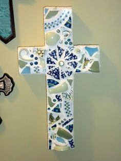 markham street design: Pieces of a Pretty Cross ....you too can make this.... Looks like a fun project!