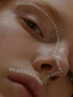 Pearls Make up - My best makeup list Makeup Inspo, Makeup Inspiration, Beauty Makeup, Eye Makeup, Hair Makeup, Makeup List, Bride Makeup, Style Inspiration, Beauty Dish