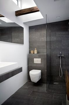 Superbe Modern Small Bathroom Design With Ceramic Floor Tile And Wall Mounted Toilet  And Walk In Shower With Wooden Floor And Wall Art And Vanity : Modern Small  ...