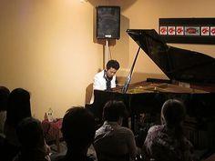【Liveレポ】4/16(水)秋田慎治 solo piano tour 2014|カフェときどきライブハウス 倉敷Penny Laneブログ