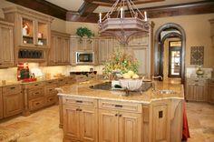 Google Image Result for http://kitchenislandsfurniture.com/kitchen_island/images/kitchenIsland2.jpg