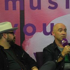 Press Conference with LIVE band members Chad & Ed . Live Band, Conference, Baseball Cards, Music, Musica, Musik, Muziek, Music Activities