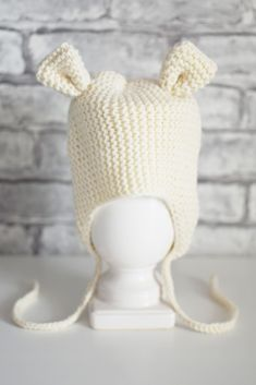 Knit hat beige with ears for age 6-9 months AVAILABLE knitted of 100% wool cashmere yarn Can be used as a Photo shoot props for the baby , and for daily walks Knitted Baby Clothes, Baby Hats Knitting, Knitting For Kids, Knitted Hats, Crochet Hats, Bear Costume, Boy Costumes, Cashmere Yarn, Ear Hats